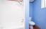 735 SW Coast Ave, Depoe Bay, OR 97341 - Bathroom