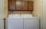 780 Se Ball Blvd, Waldport, OR 97394 - Laundry