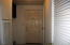 2420 S Crestline Dr, Waldport, OR 97394 - Laundry