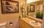 890 SE Bay Blvd, 215, Newport, OR 97365 - Full Bath