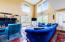 2509 NE 27th Dr, Lincoln City, OR 97367 - Living Room