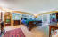 2509 NE 27th Dr, Lincoln City, OR 97367 - Master Bedroom Suite