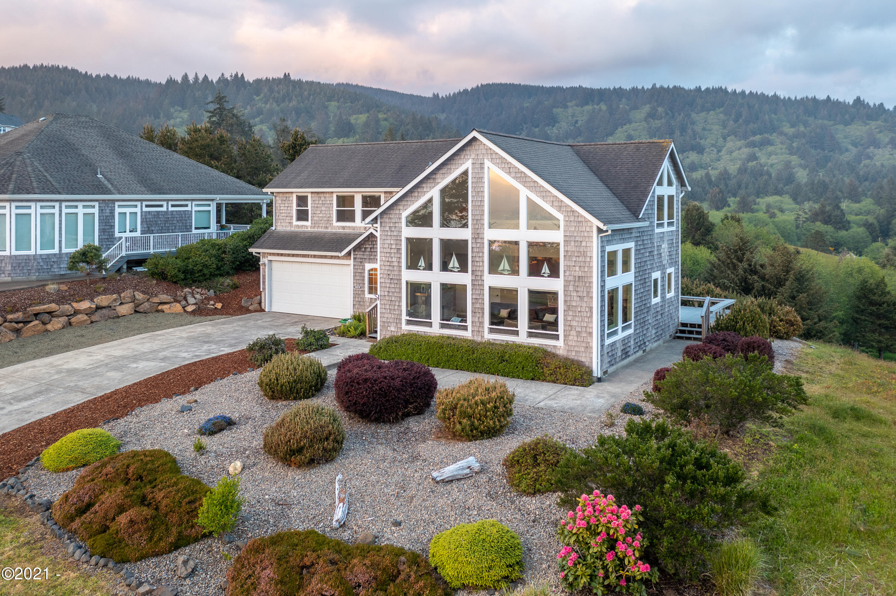 30015 Nantucket Dr, Pacific City, OR 97135