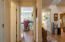 86 Nw 33rd Place, A, Newport, OR 97365 - Hallway