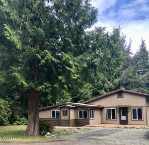 145 NE Waldport Heights Heights, Waldport, OR 97394 - Front of House