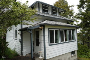 1205 SW Abbey St, Newport, OR 97365 - L1010592