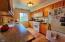 406 Walnut Way, Silverton, OR 97381 - Kitchen