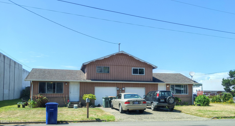 1025/1033 NE Avery St, Newport, OR 97365 - 1033 and 1025 NE Avery St