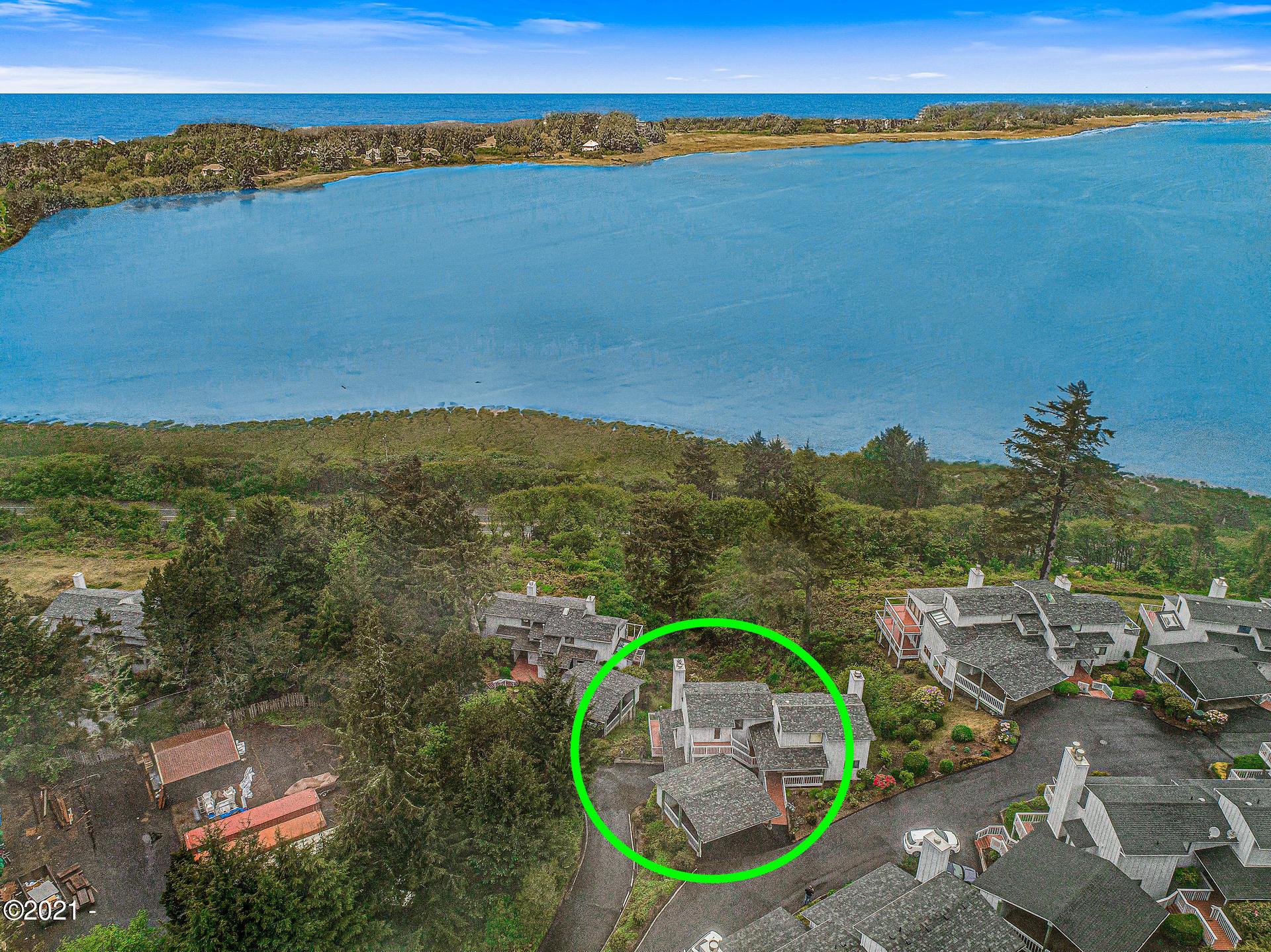 4 Bluffs Dr, Gleneden Beach, OR 97388 - Arial view