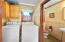 710 NW Terrace Dr, Toledo, OR 97391 - Laundry room