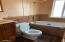 215-219 W 2nd St, Yachats, OR 97498 - Cottage Bath