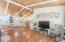5730 Hacienda Ave, Lincoln City, OR 97367 - Livingroom