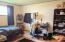 140 NE 10th Ct, Newport, OR 97365 - Bedroom 2