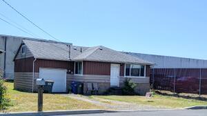 140 NE 10th Ct, Newport, OR 97365 - 140 NE 10th Ct