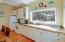 484 Bella Beach Circle, Depoe Bay, OR 97341 - Kitchen