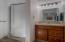 201 Ne Williams Avenue, Depoe Bay, OR 97341 - Lower level bathroom