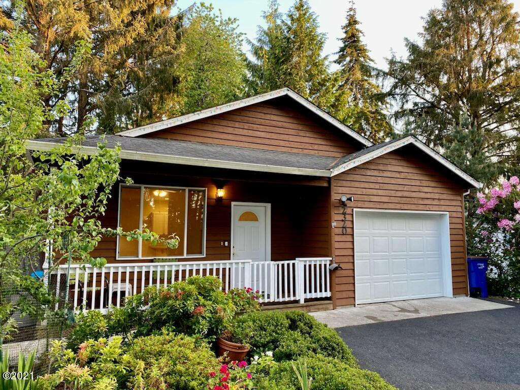 2320 NE 21st St, Lincoln City, OR 97367 - Front of House