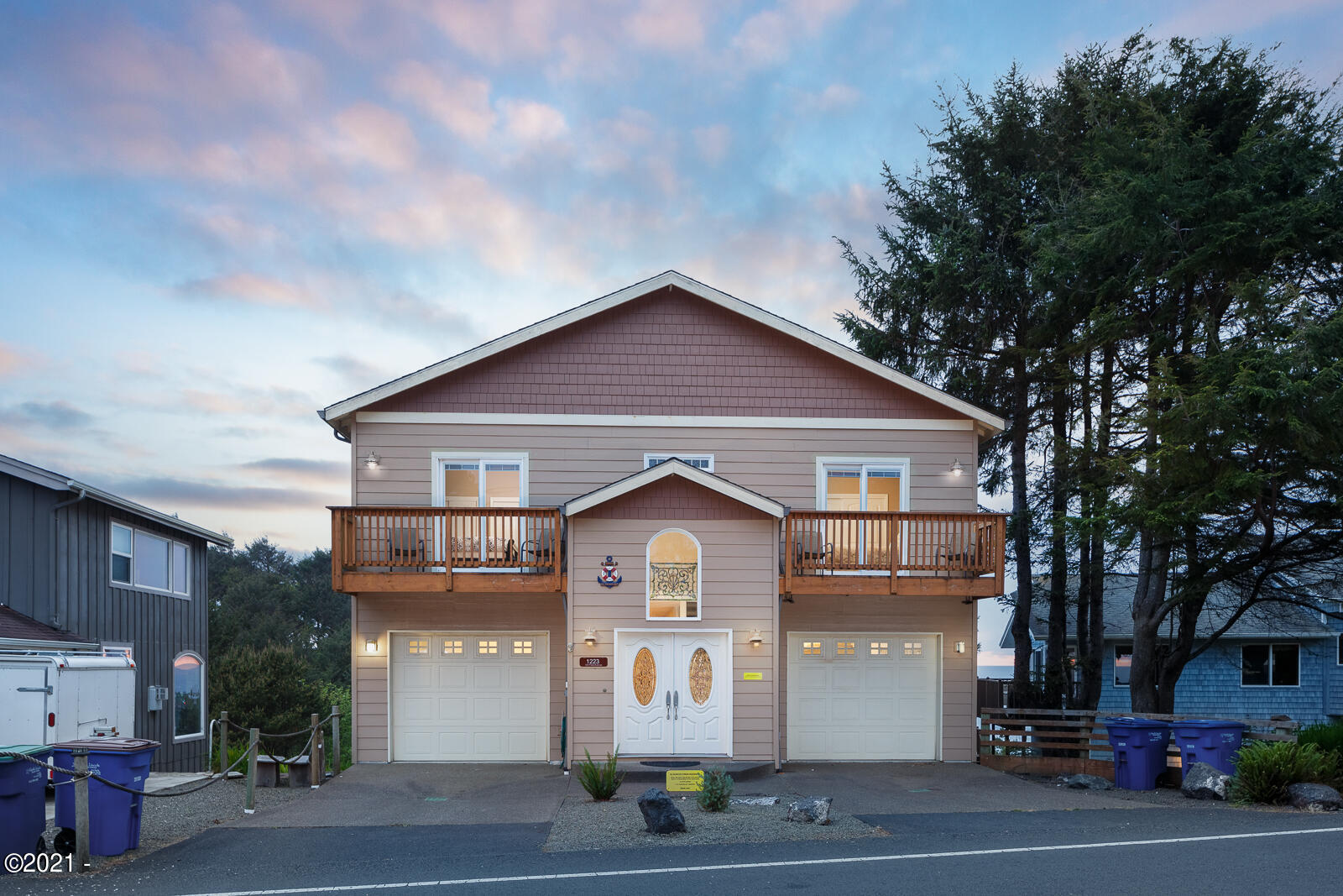 1223 SW Fleet Ave, Lincoln City, OR 97367 - Front of House