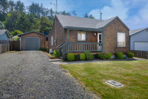 243 NW 56th St, Newport, OR 97365 - 243 NW 56th St