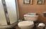 1622 Praslin Street, Eugene, OR 97402 - Downstairs Bathroom2