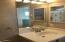 1622 Praslin Street, Eugene, OR 97402 - Upstairs Bathroom2