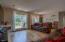 5945 La Plaza Pl, Lincoln City, OR 97367 - La Plaza livingroom