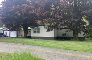 717 E Barclay Meadows Rd, Waldport, OR 97394 - Front of House