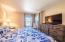 890 SE Bay Blvd, 203, Newport, OR 97365 - Bedroom - View2