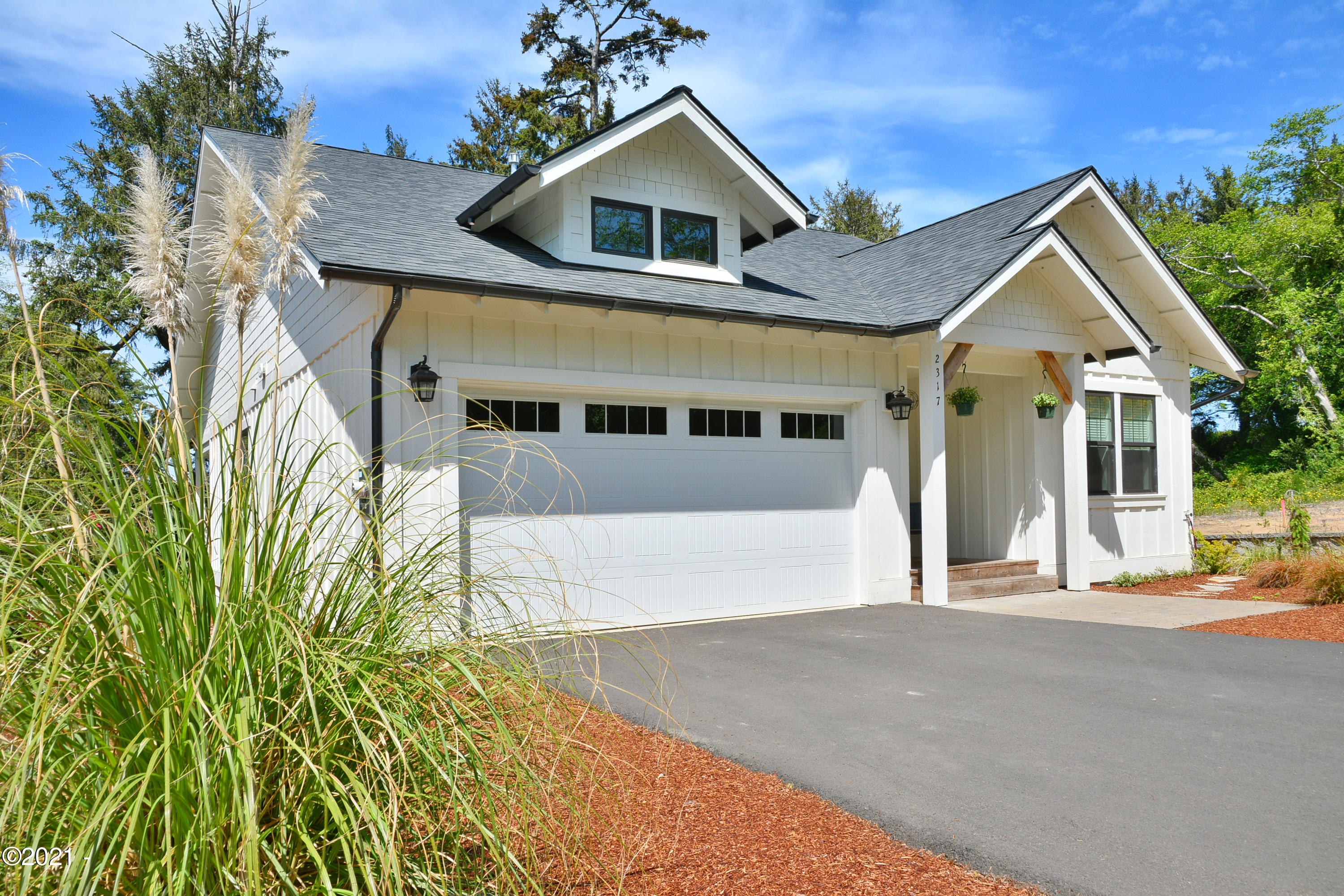 2317 NW Mast Ave, Lincoln City, OR 97367 - Welcome to 2317 NW Mast