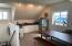 120 NW Hwy 101, Waldport, OR 97394 - Kitchenette