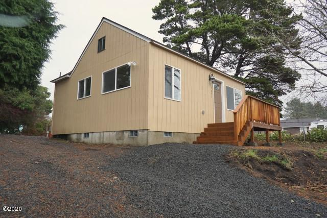1631 NE 12th St, Lincoln City, OR 97367 - Property