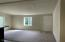 476 N Fawn Dr, Otis, OR 97368 - Vaulted Ceilings
