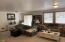 2786 NE Hemlock Dr, Yachats, OR 97498 - Living room