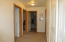 80 NW 70th St, Newport, OR 97365 - Upstairs hall N