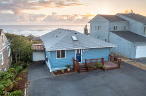 4841 SW Coast Ave, Lincoln City, OR 97367 - Front of Home