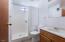 4841 SW Coast Ave, Lincoln City, OR 97367 - Bathroom 3
