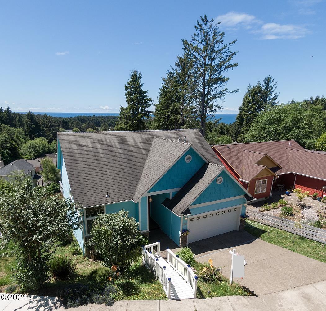 1803 SE Oar Dr, Lincoln City, OR 97367 - 2 cropped
