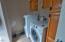 845 NW James Franks Ave, Siletz, OR 97380 - Laundry