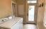 2697 SW Beach Ave, Lincoln City, OR 97367 - Laundry Room
