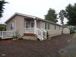 917 SW Pine Ave, Depoe Bay, OR 97341 - Front Elevation