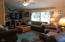 917 SW Pine Ave, Depoe Bay, OR 97341 - Living Room