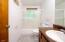 40 SE Davenport Ave, Depoe Bay, OR 97341 - Main floor bath