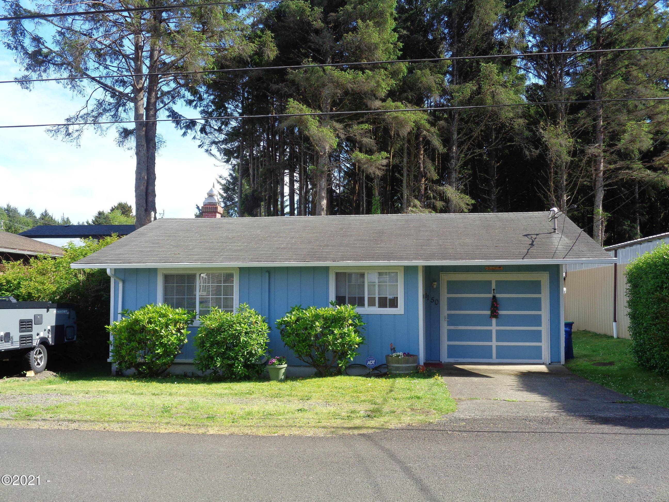 1150 SW 17th St, Lincoln City, OR 97367 - Front Elevation