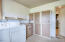 1048 Hwy 101 N, Yachats, OR 97498 - Laundry rm
