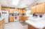 1014 NE Oar Ave, Lincoln City, OR 97367 - Bright Kitchen