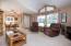 1014 NE Oar Ave, Lincoln City, OR 97367 - Living room view