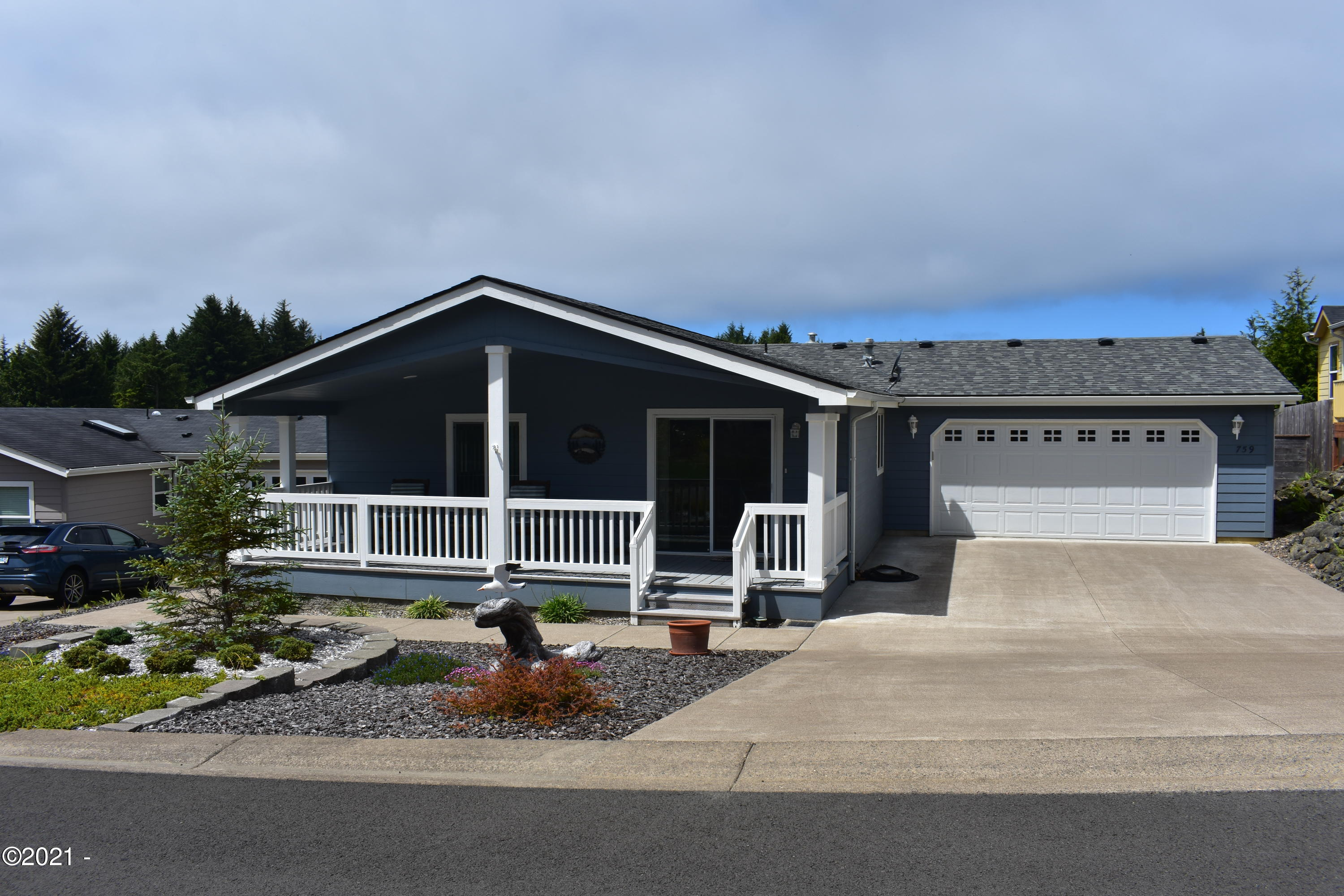 759 SE Winchell Dr, Depoe Bay, OR 97341 - Front Exterior