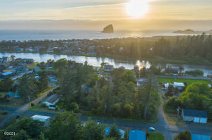 3 LOTS Tent & Third St, Pacific City, OR 97135 - 3 lots in PC