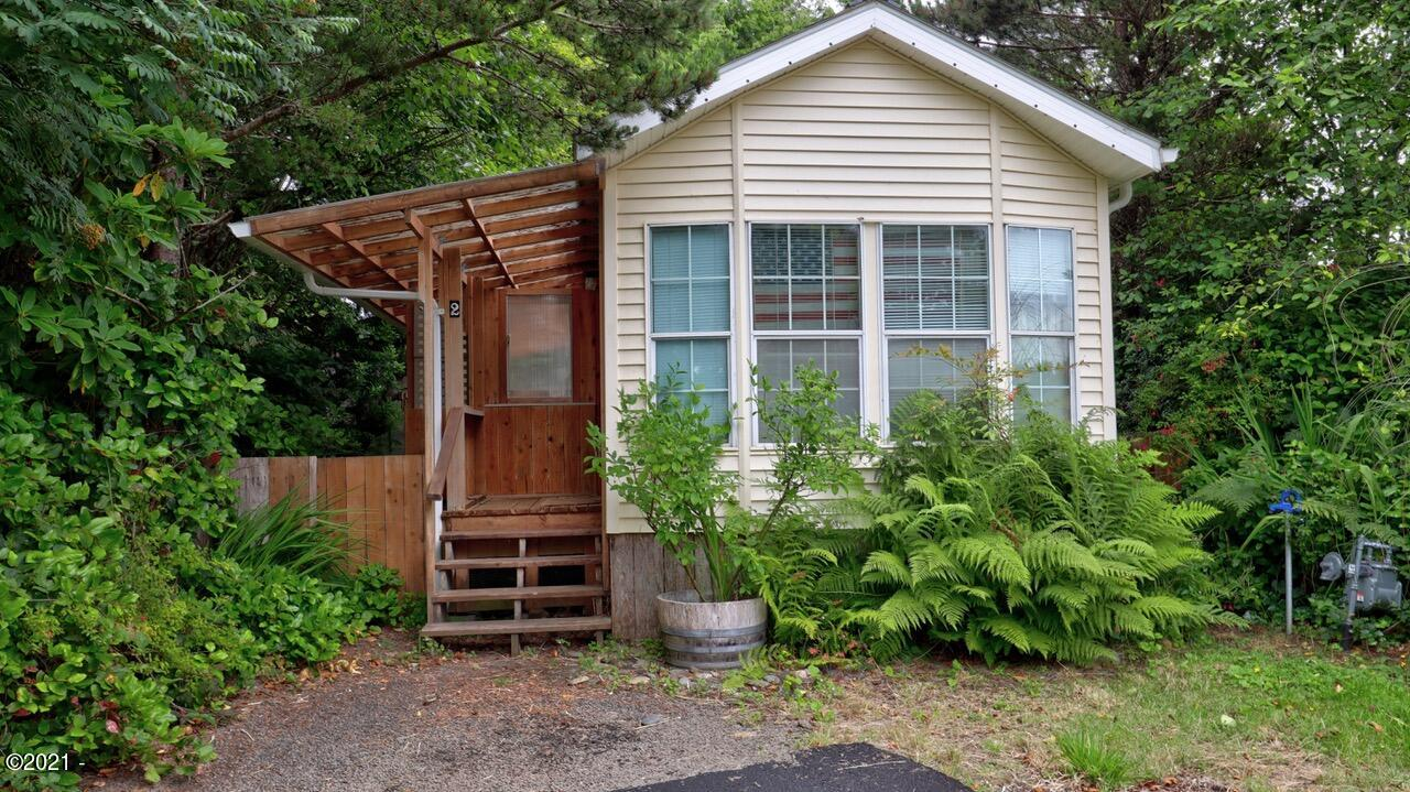 4875 US-101, #65, Depoe Bay, OR 97341 - Front of house