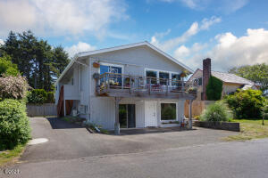 2950 SW Beach Ave, Lincoln City, OR 97367 - Exterior